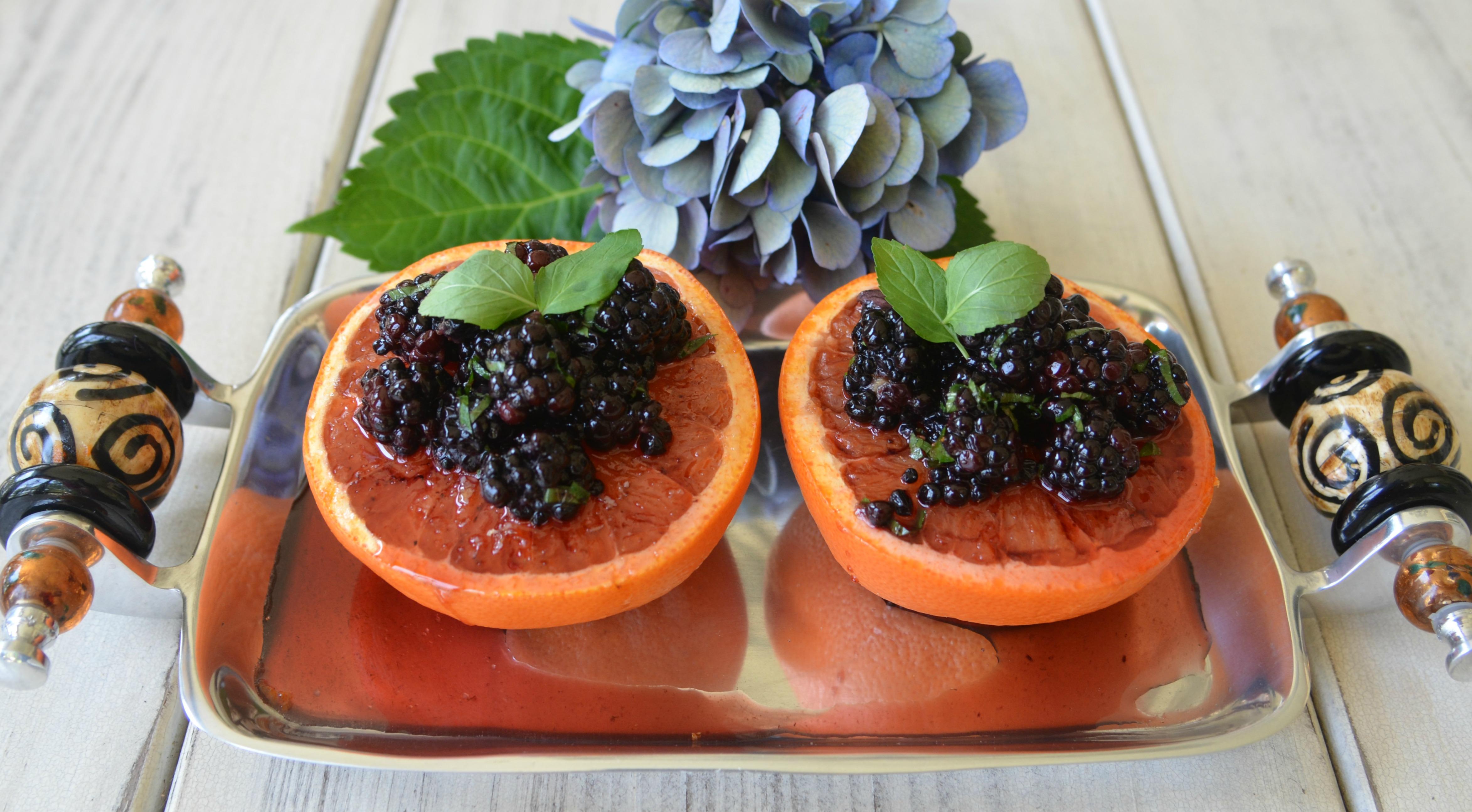Blackberry Grapefruit Dejeuner pm